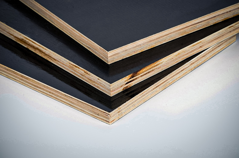 Film faced plywood 1250x2500x18mm CE314-2